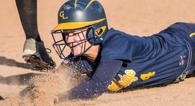 Comet Softball Remains Undefeated after Quaker Sweep