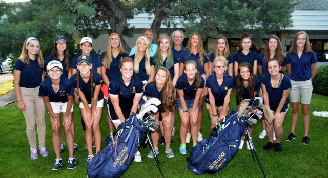 Impressive Season for 2016 Comet Girls Golf Team