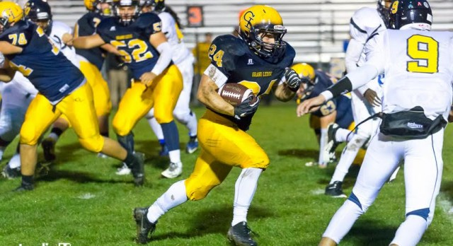 Comets Travel to East Lansing Tonight for CAAC Blue Football Showdown