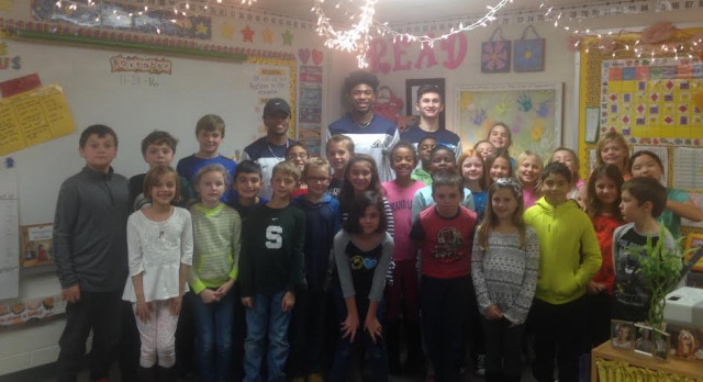 Basketball and Books Aims to Inspire Future Comets