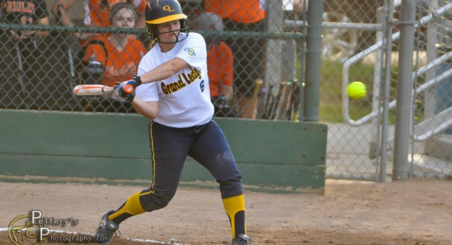 Undefeated Lady Comets Advance to Softball Classic Finals
