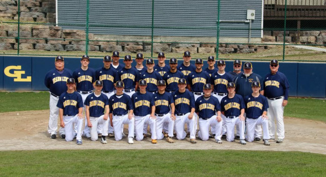 Grand Ledge Baseball Wins District Championship
