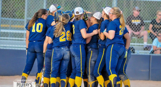 CAAC Blue Champion Grand Ledge Ready for MHSAA Tournament Play
