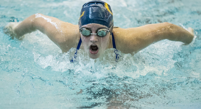 Comet Swim and Dive Team Defeats Mason