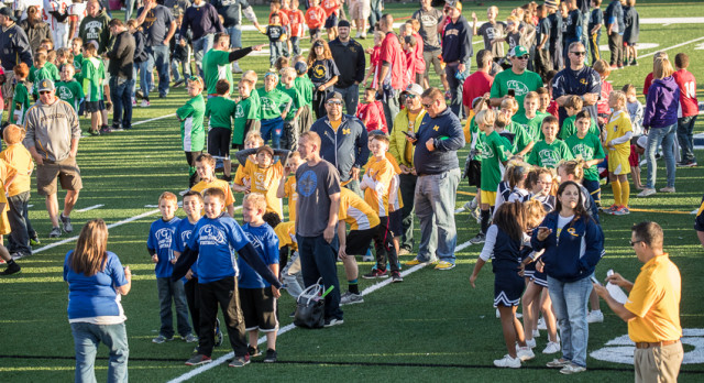551 Grand Ledge Youth Football Players and Cheerleaders Honored