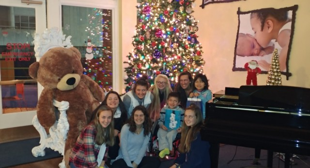 Arundel Field Hockey heads to The Ronald McDonald House