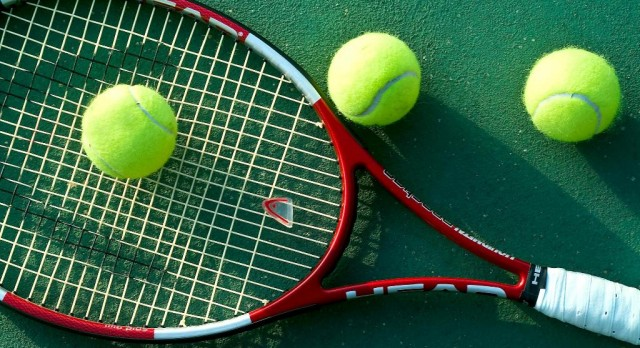 Valley Christian High School Boys Varsity Tennis beat Village Christian High School 15-3