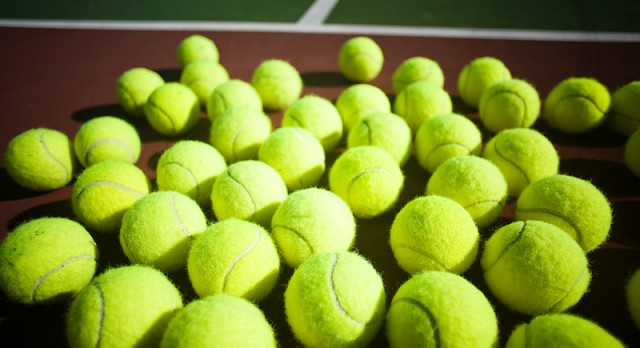 Valley Christian High School Boys Varsity Tennis beat William J Pete Knight High School 14-4