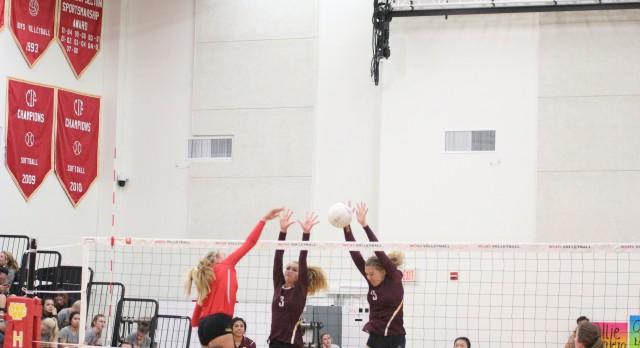 Valley Christian/Cerritos Girls Varsity Volleyball beat Whittier Christian High School 3-1