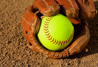 Valley Christian/Cerritos Varsity Softball beat Wilson/Long Beach – Cypress Tournament 9-8