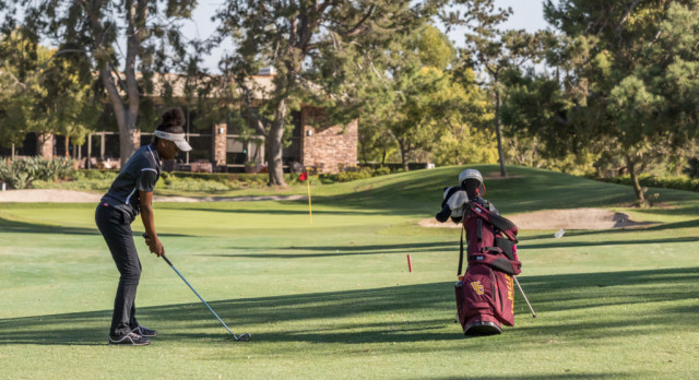 Golfer Dana Bryant-Harris Advances