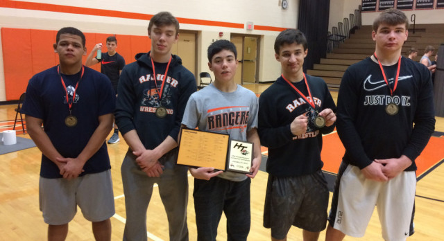 North Wrestling Place Winners at Howland Invitational