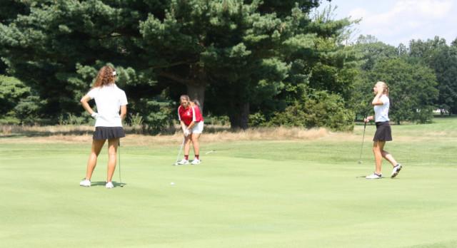 Girls golf opens season at Kent County Classic
