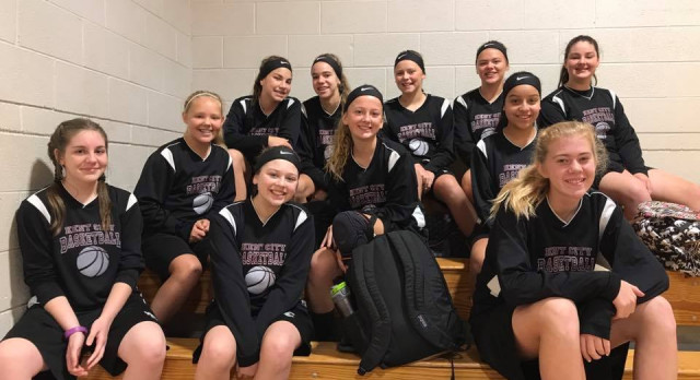 7th Grade Girls start the season 2-0
