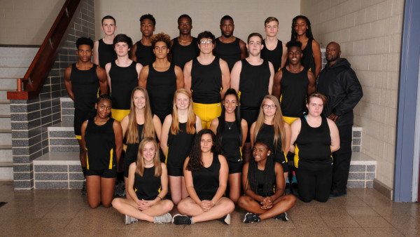 indoor track team 1