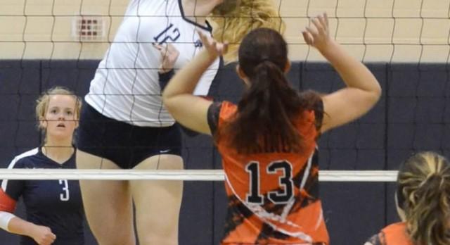 East Lansing High School Girls Varsity Volleyball beat Jackson High School 3-0