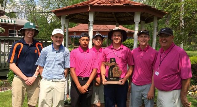 Boys Golf Captures District Title