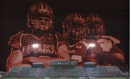Opelika High School Varsity Football beat Helena High School 36-7
