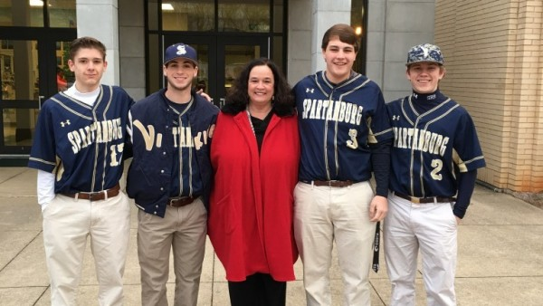 Baseball Seniors Volunteer At Pine Street This Is The Home Of
