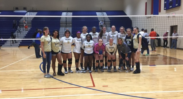 Varsity Volleyball wins silver at Pickens Tournament