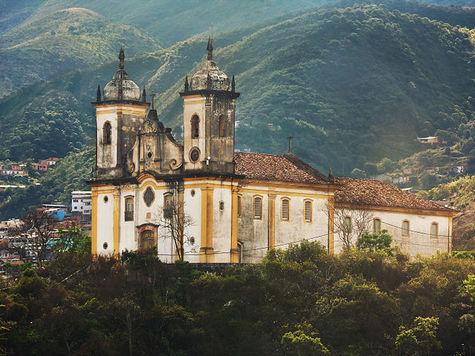 Igreja_de_s%c3%a3o_francisco_de_paula_(ouro_preto_minas_gerais_brasil.)