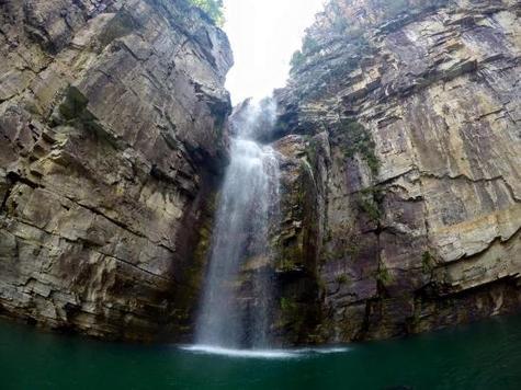 Canyons-de-furnas-capitolio
