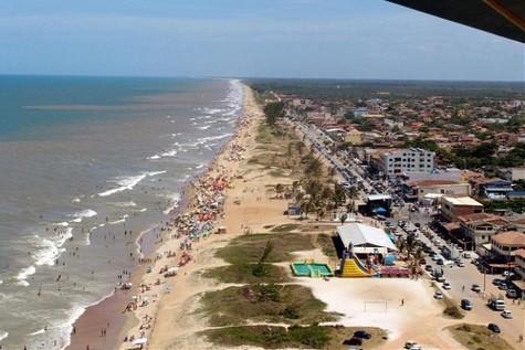 Praia_guriri