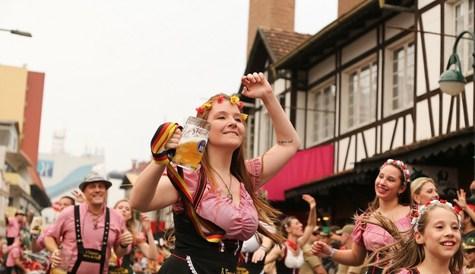 Oktoberfest-blumenau-2017-divulgado-os-valores-dos-ingressos