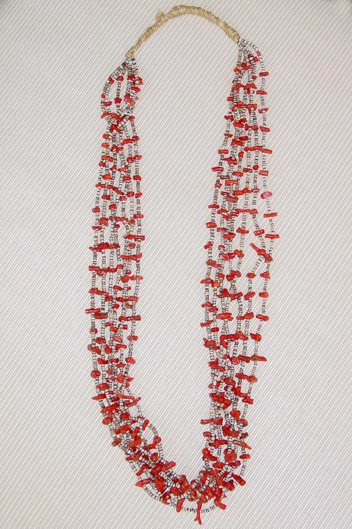 Coralpucanecklace1