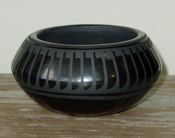 Black Pottery / San Ildefonso Pueblo, New Mexico
