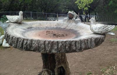 Huge_fountain_bird_bath5