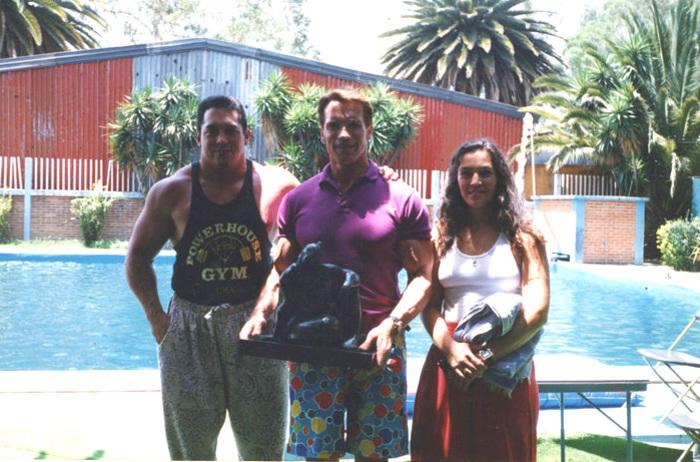 Arnold Schwarzenegger & Rita Moreno