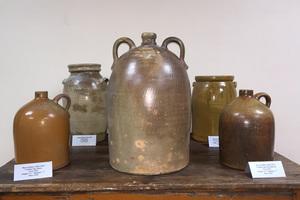 Suttles_5_gallon_jug