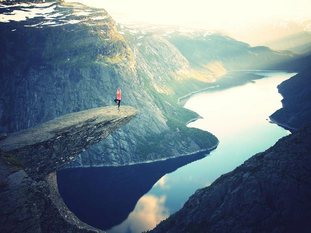 Yoga Cliff