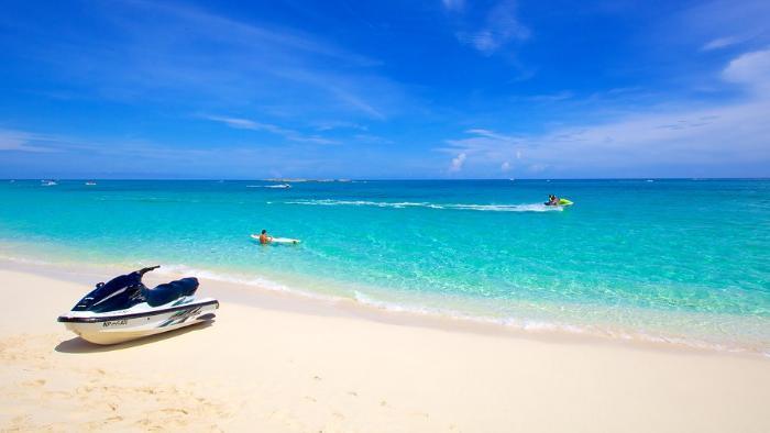 Cabbage-Beach-Paradise-Island-Bahamas_4