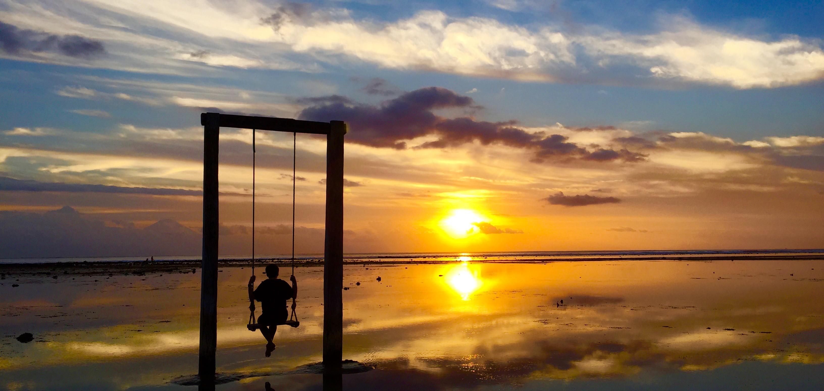Ombak Sunset Gili Trawangan