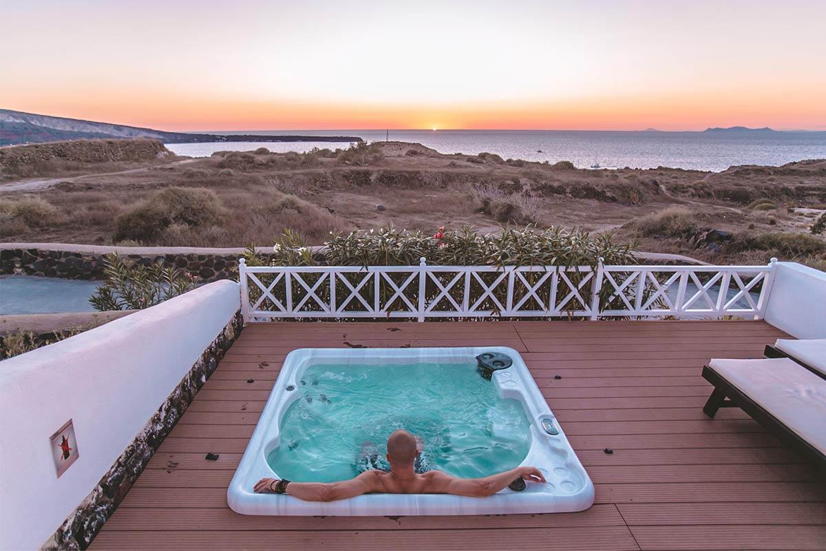 Villa Review – Oia Sunset Villas