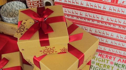 Top Tips to Trim Financial Fat this Holiday Season