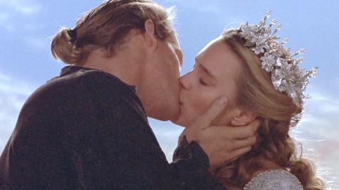 Top 10 Rom Com Kisses