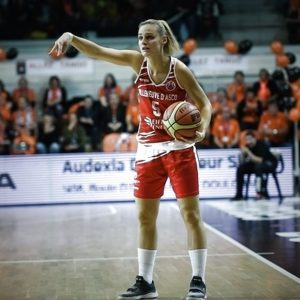 ?? Local favourites @ESBVALM_Officiel  hope they can upset #EuroLeagueWomen cham…