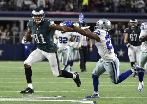Eagles wide receiver Jordan Matthews on his way to the endzone for the winning score. (courtesy AP/Photo Michael Ainsworth)