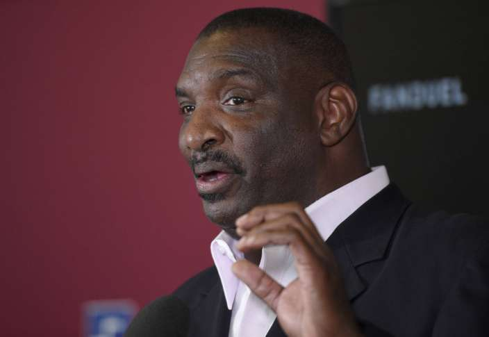 Redskins Promote Doug Williams