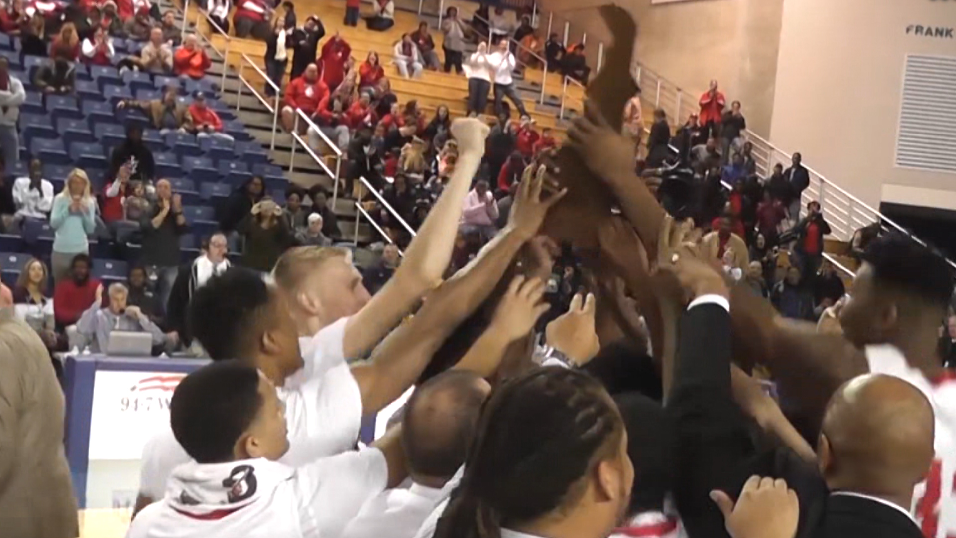 Smyrna Ready For Basketball Title Defense