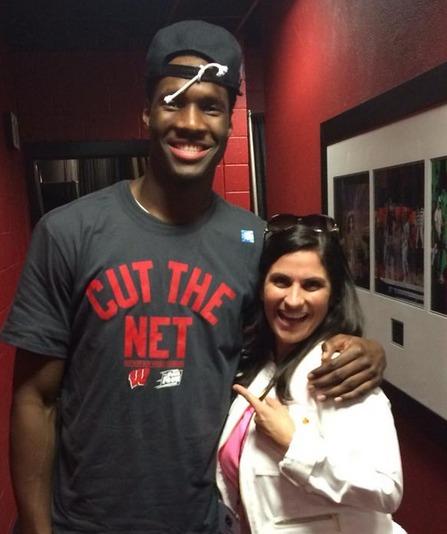 Wisconsin Basketball Player Makes NCAA Stenographer, Deborah Bollman, 'Twitter Famous'