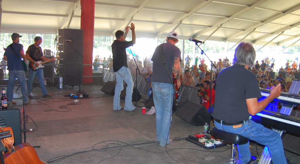 Local Favorite, Bo Dickerson Band is at Delaware Junction After Winning Froggy 99.9 Competition