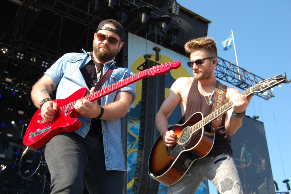 The Swon Brothers Said the Delaware Girls are 'Pretty Beautiful' at Delaware Junction