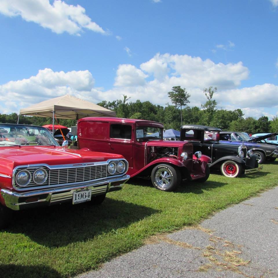 Drag Racing: 52nd Anniversary Chevy Show, Shine & Drags – U.S. 13 Dragway