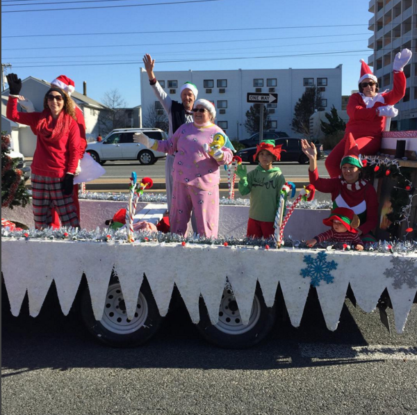 OC Christmas Parade Marched Along Coastal Highway on December 5