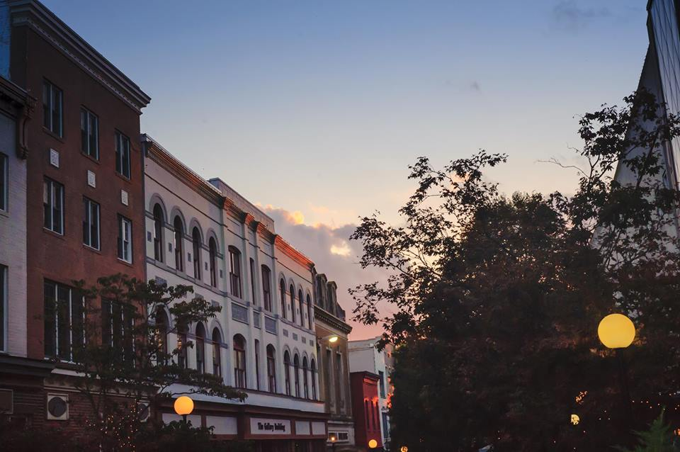 Downtown Salisbury Shows Love to Small Businesses on November 28