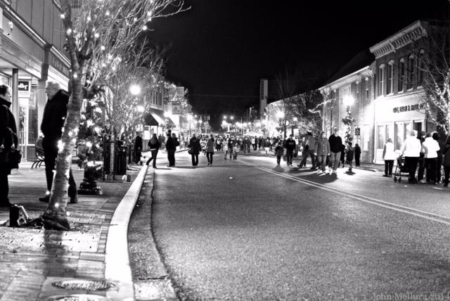 Milford Strolls Downtown for the Holidays on December 4
